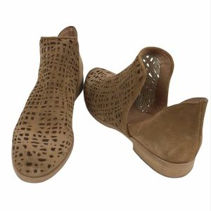 Ron White Pryce Perforated Suede Booties size 7.5